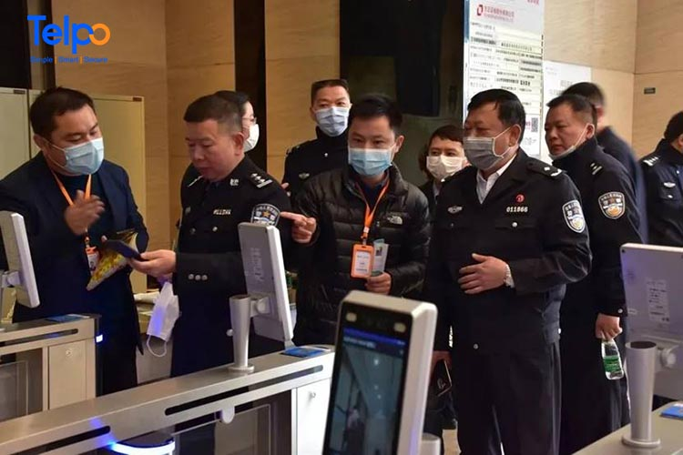 Cases Share| Telpo Face Recognition Thermometer Helps Resume Work and Study